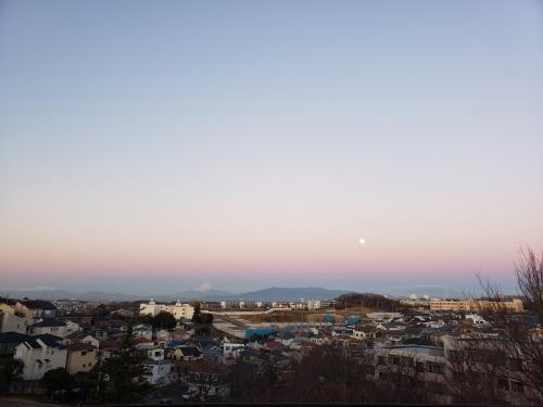 20190122_064216 夜明け前のスーパームーンと富士