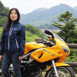 001-本社営業の櫻井さん