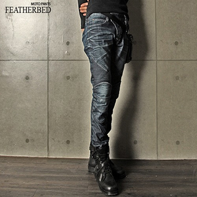 FEATHERBED BLACK